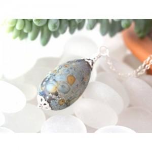 glass-egg-necklace-seaswirl