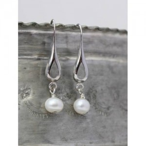 silver-teardrop-earrings-white (1)