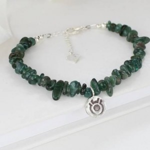 emerald-bracelet-with-sterling-silver-zodiac-charm-for-taurus