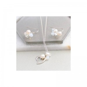 sterling-silver-open-heart-necklace-and-earrings-set-in-white