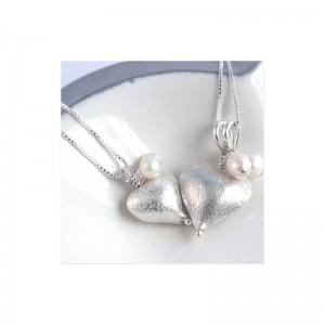 mama-et-moi-rosaline-silver-heart-necklaces