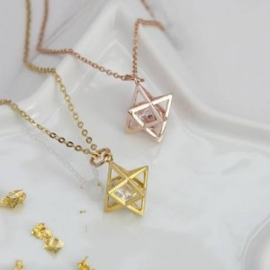 merkaba-geometric-star-necklace