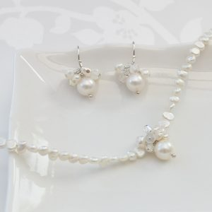 White pearl choker necklace and earrings set for a bride