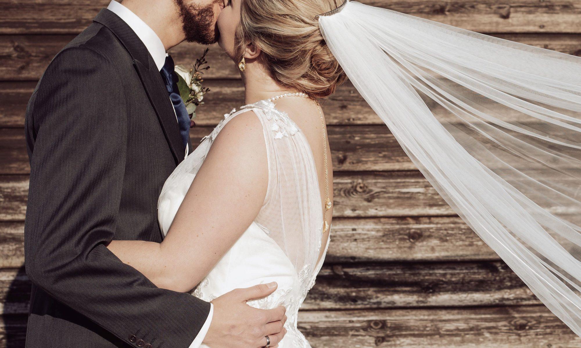 romantic wedding ideas for a bride